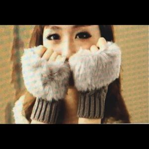 Fingerless Faux Fur Fashion Gloves